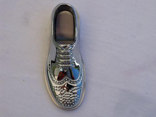 Ouvre bouteille//décapsuleur chaussure richelieu