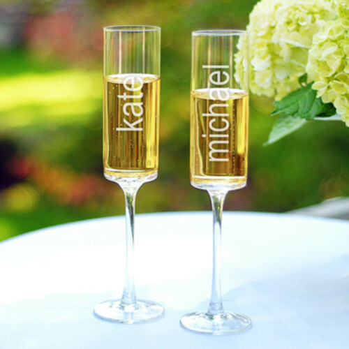 Personalized Mr and Mrs Wedding Toasting Champagne Flutes Set of 2