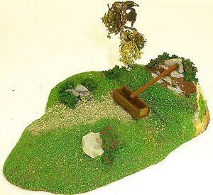 Petit-paysage-avec-Fontaine-Mini-diorama-Preiser-1013-Bois-H0-PRE204-a