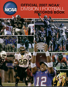 Official-2007-NCAA-Division-1-Football-Recorts-Book