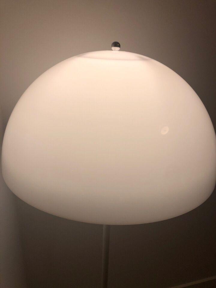 Louis Poulsen, Panthella, gulvlampe