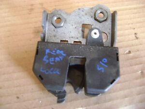 O-S-DRIVER-REAR-SEAT-LOCK-LATCH-CATCH-BMW-325i-E46-COUPE-1999