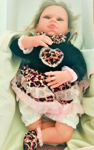 Vollence 18.5 inch Reborn Silicone Fabric Baby Girl Lifelike Doll
