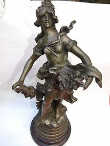 Antigue-034-Auguste-Moreau-034-French-Maiden-Spelter-Statue-Signed-Wood-Base1890-039-s