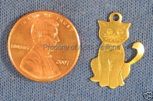 50pc Raw Brass Solid Sitting Cat Kitten Charms 4668