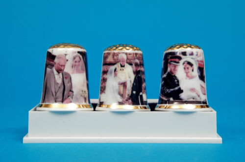 Karte B//118 Prince Harry /& Meghan Royal Wedding Story Set China Fingerhüte