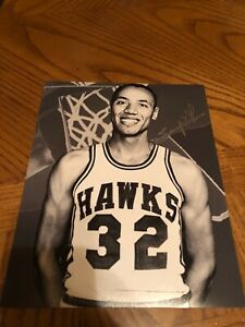 LENNY WILKENS ST. LOUIS HAWKS SIGNED AUTOGRAPHED 8X10 PHOTO HALL OF FAME 1