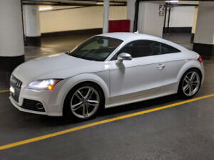 Fully Loaded 2010 Audi TTS - Excellent Condition