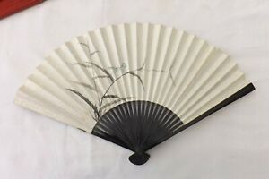 VINTAGE-CHINESE-HAND-HELD-FAN-HAND-PAINTED-WOOD-PAPER-CONSTRUCTION-FS68
