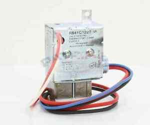 honeywell r841c1227 240v electric heater relay w spst switching ebay rh ebay com 2010 Nitro Heater Relay Electric Heat Relay