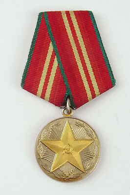 USSR Soviet Russian Army 20 Years Irreproachable Service Medal Original army