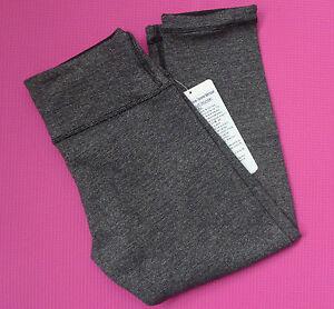 LULULEMON-Black-Wee-Stripe-WUNDER-UNDER-CROP-2-Leggings-REVERSIBLE-Yoga-SOLD-OUT