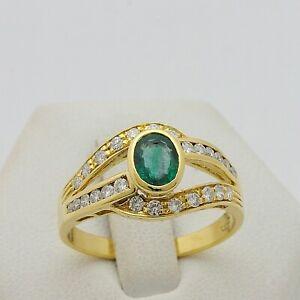 Bague-en-or-Jaune-18-KT-750-avec-Emeraud-0-80-CT-et-Diamants-0-40-CT