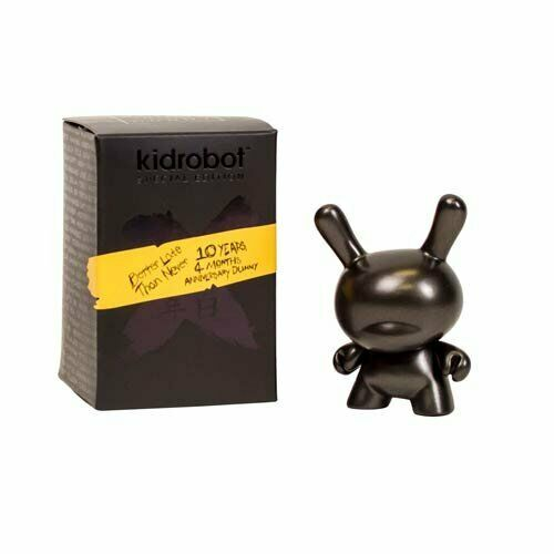 """Kidrobot Special Edition 10th Anniversary DUNNY 3/"""" 10 Years 4 Months BLACK NEW"""
