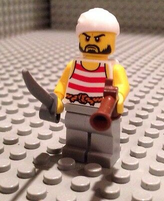 Gun Ship Crew Lego Pirate Mini 70411 NEW Figure Red Shirt Cutlass