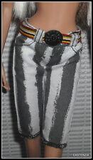 BOTTOM MATTEL BARBIE DOLL MAC MODEL MUSE WHITE & GRAY STRIPED SHORT PANTS