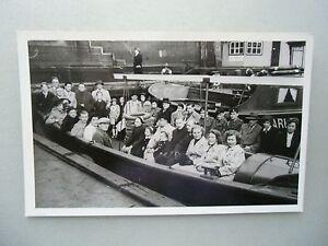 Ansichtskarte-Hamburg-Personen-auf-Schiff-Nr-606