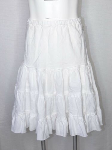 Petite A5 Face a North Small White strati Skirt Ruffle The q64wF
