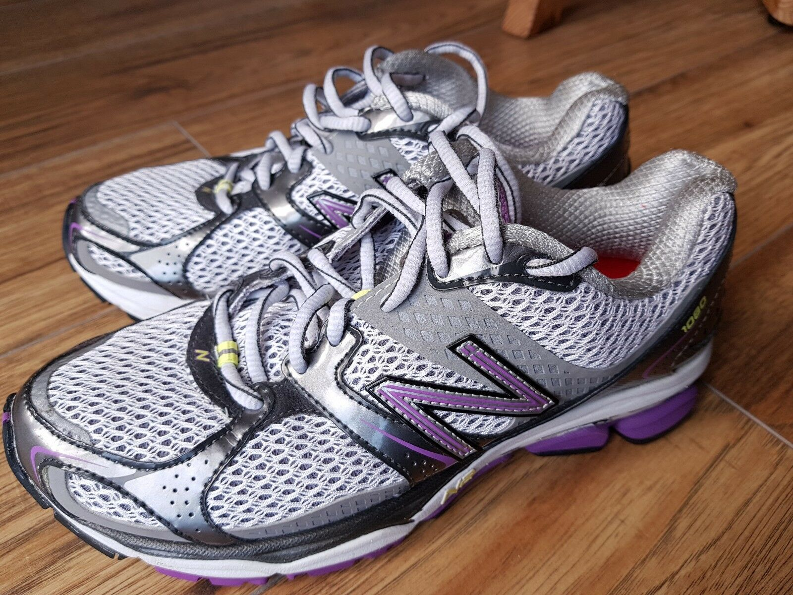 Great Looking New Balance 1080v2 Women's Running shoes. UK4.5, EU37.  Worn Once.  factory outlet