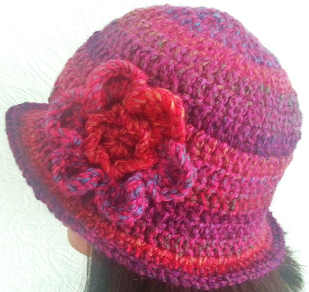 Crochet d/'hiver femme cloche chapeau Festival Hippy Vintage Red slouchie cadeau de Noël