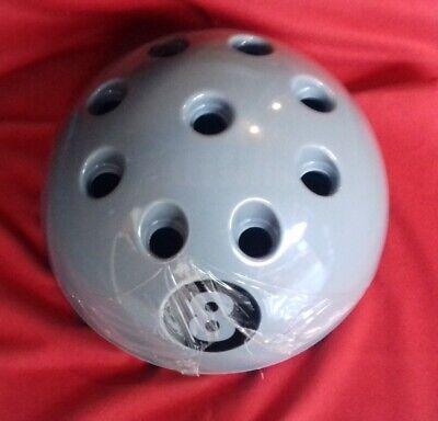 8 Ball Pool Cue Rack in Silver Freestanding /& Fits 9 Cues