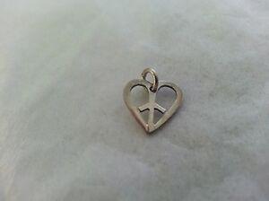 Beautiful-Peace-Sign-in-Heart-Pendant-925-Sterling-Silver-4-Charm-Bracelet