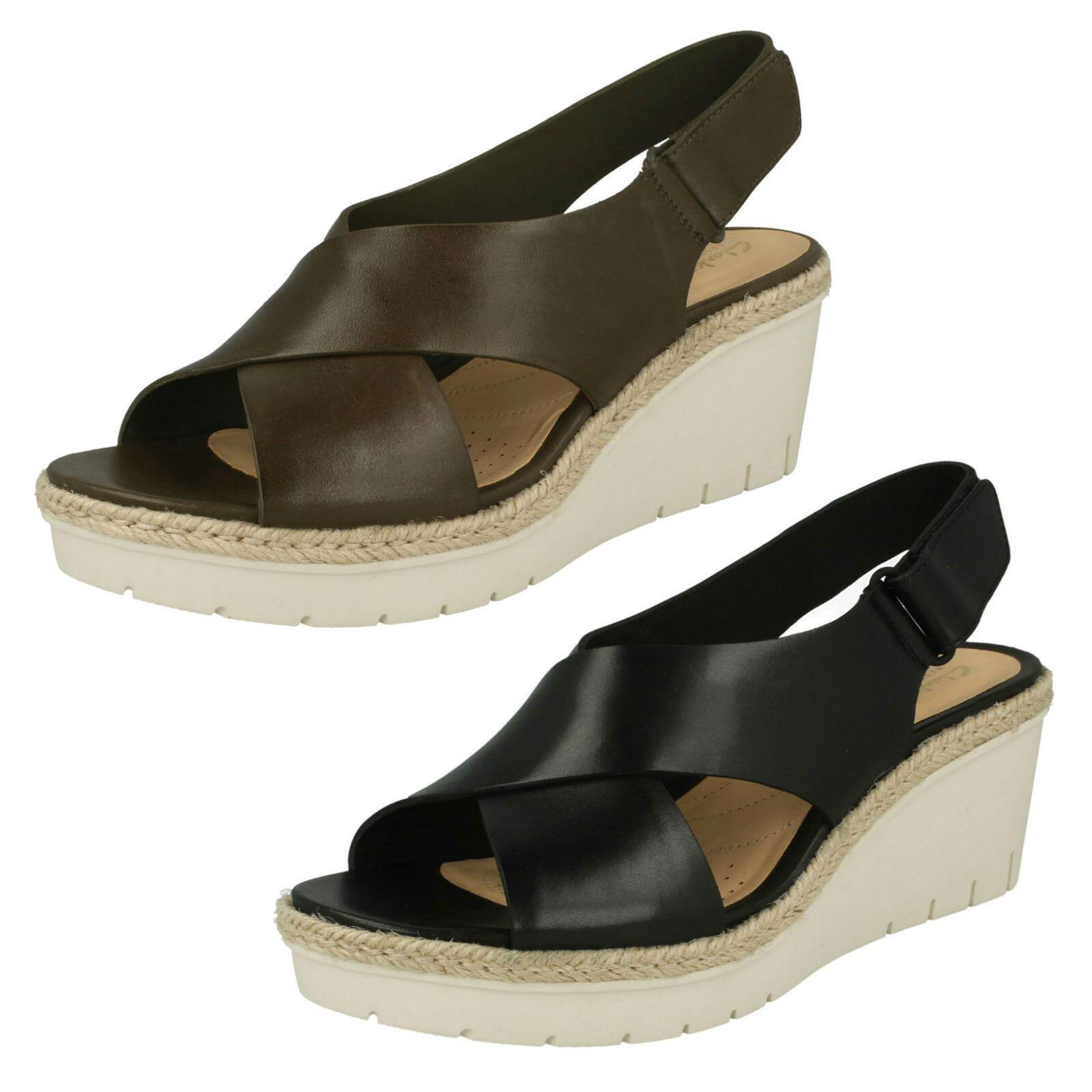 Último gran descuento Ladies Clarks Wedged Heel Slingback Sandals 'Palm Glow'