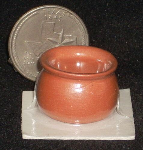 Dollhouse Miniature Terracotta Garden Pot #22-10 1:12 Floral Yard Patio Planter