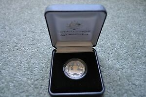 Very-Rare-100-Years-of-Australia-039-s-Original-Coat-of-Arms-Silver-Coin