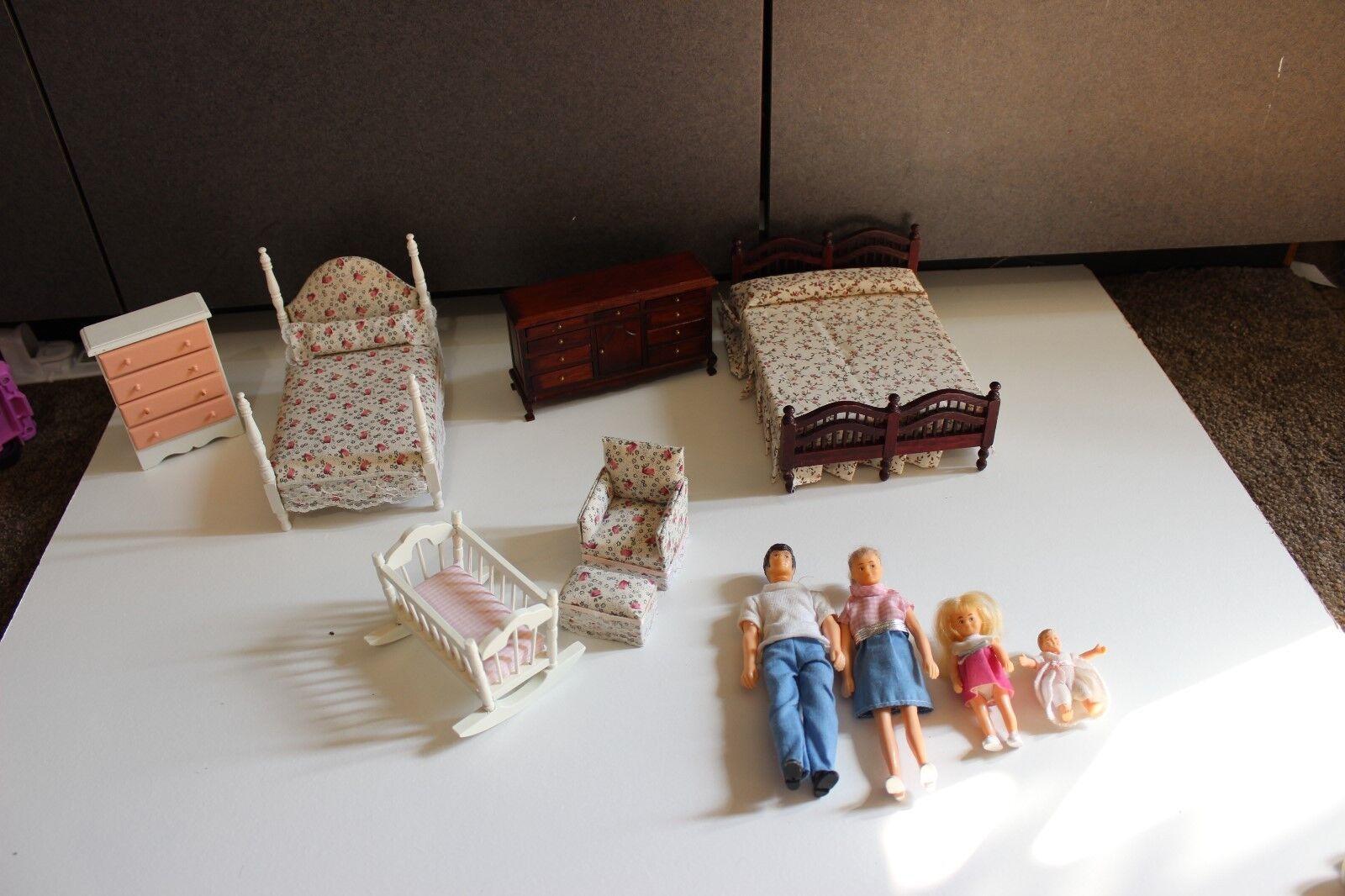 Vtg Horseman doll house Family Figures w bedroom nursery furniture baby crib