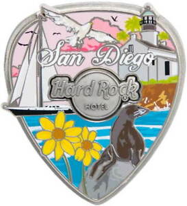 Hard-Rock-Hotel-SAN-DIEGO-2020-Core-City-3-D-COLLAGE-Guitar-Pick-PIN-New-on-Card
