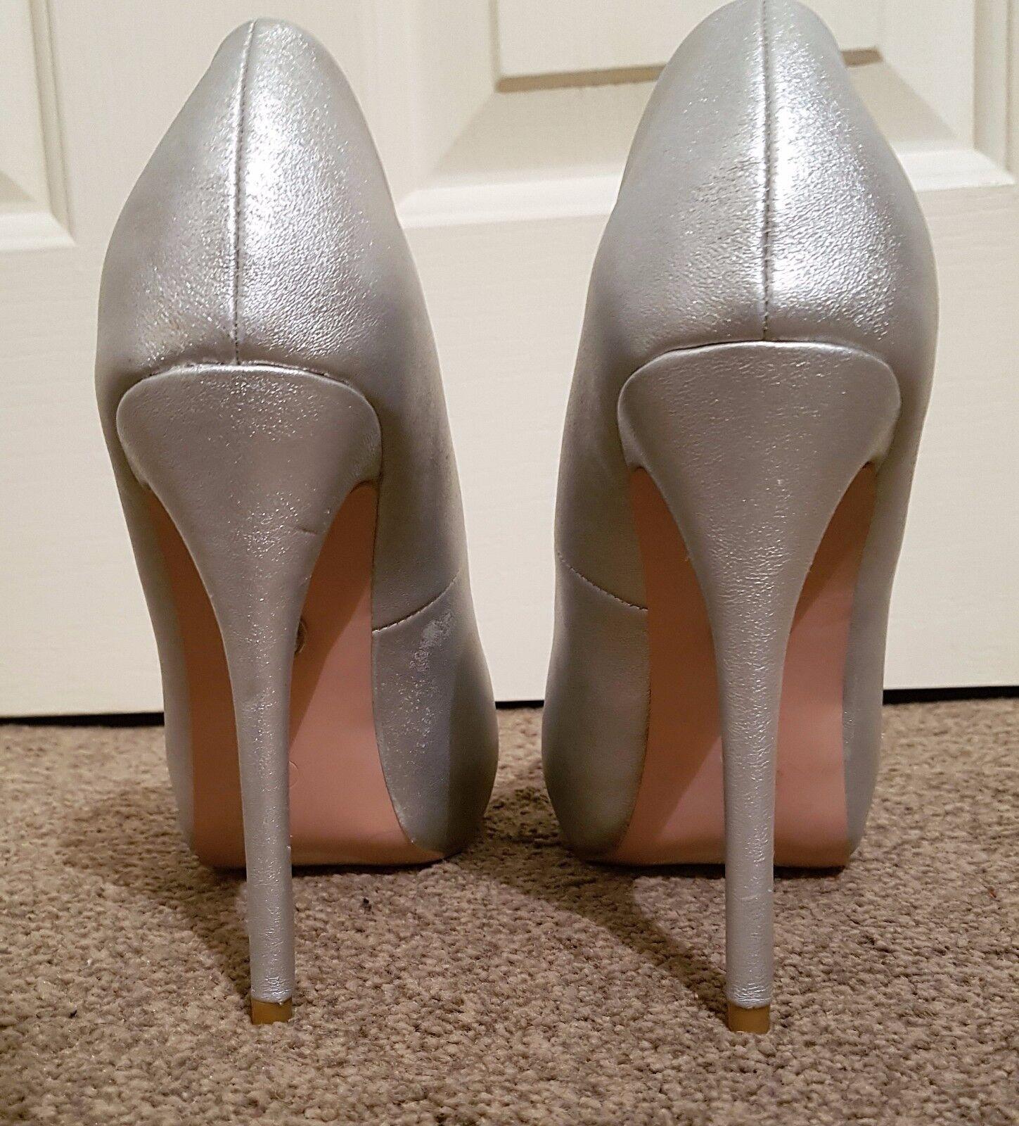 great fit 7c8f6 14b17 ... Jennifer Lopez J J J LO Scarpe col tacco donna d argento utilizzata pre  di proprietà Donna ...