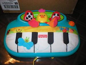 Fisher Price Miracles And Milestones Baby Crib Toy Euc Ebay