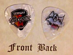 AEROSMITH-JOE-PERRY-band-Signature-Logo-guitar-pick-Q