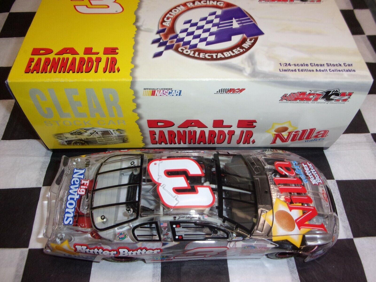 Dale Earnhardt Jr  3 Nilla Wafers Nutter Butter 2002 Action 1 24 NASCAR CLEAR