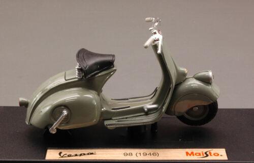 Vespa 98 1946 Mouse Grey Piaggio 1:18 Model MAISTO