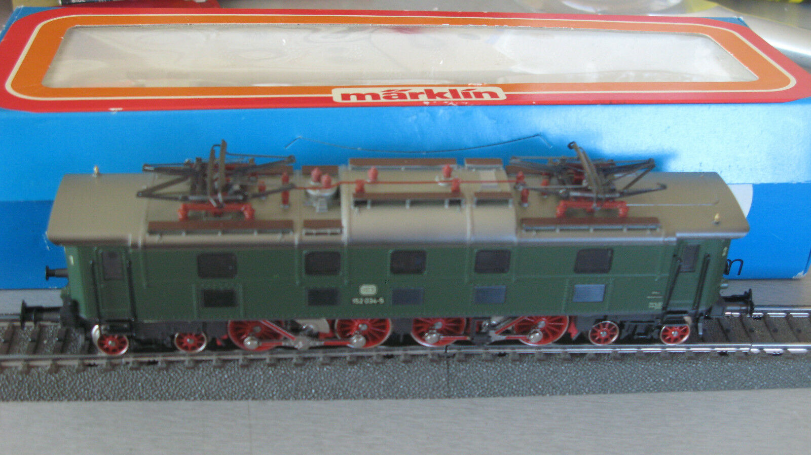 Märklin 3366 E- Lok Lok Lok 152 034-5 DB aus Sammlungsauflösung    Outlet  c76b2c