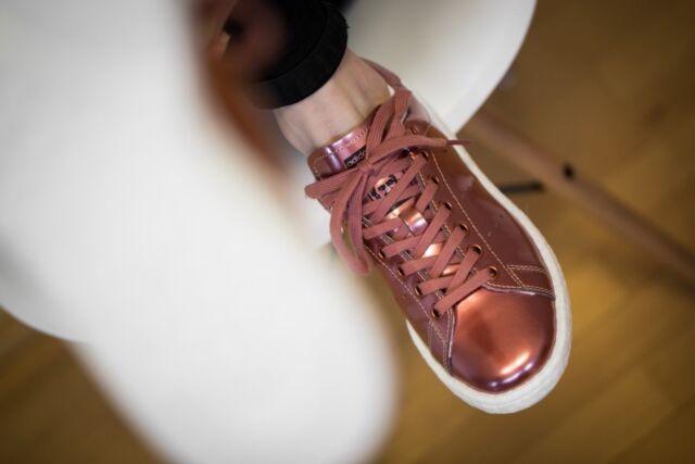 Reunión Solo haz Reconocimiento  Adidas Stan Smith Boost Women Bronze Copper Metallic BB0107 for sale online