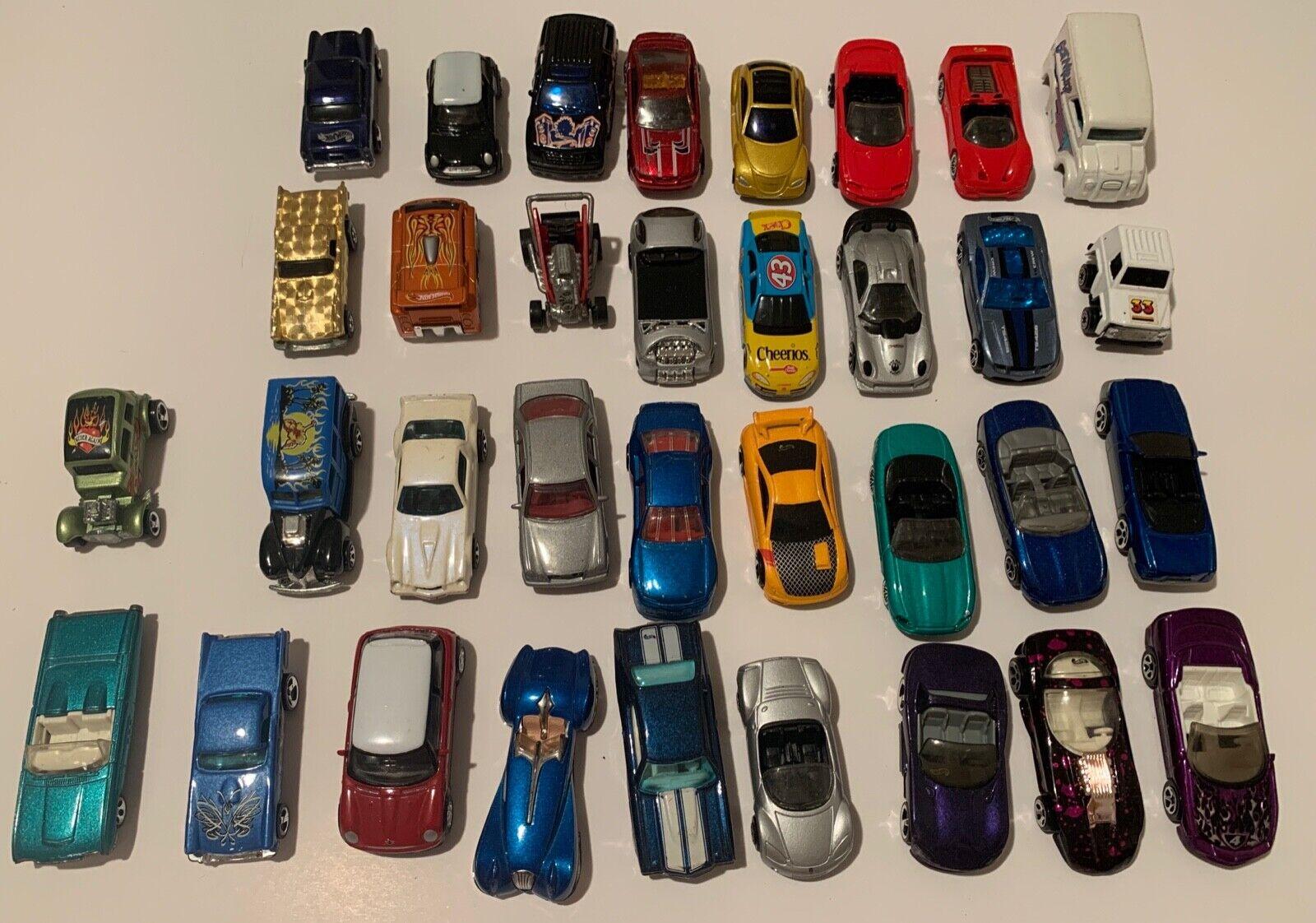 Masse of 34 Jahr MatchBox Autos heißwheels Diecast 1968, 70's thru 90's