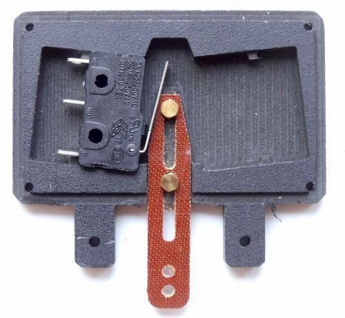 Umpolschalter Herzstück Spur II (64mm) für Dreischienenweiche