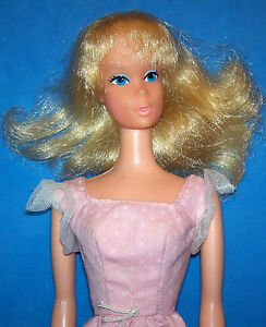 Vintage-Sweet-16-Barbie-Doll-7796-Shag-Blonde-1974-Bendable-Legs-TNT-Orig-Dress