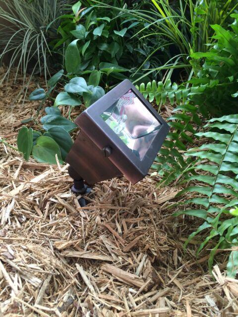 Low Voltage Outdoor landscape garden lighting solid brass Spot/Wall Wash CASTOR