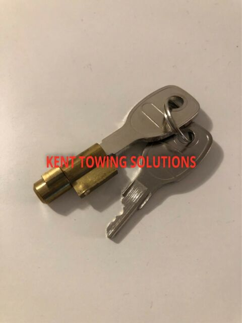 Fits Tow Hitch Couplings MP80 MP478B Integral Trailer Security Lock and Keys