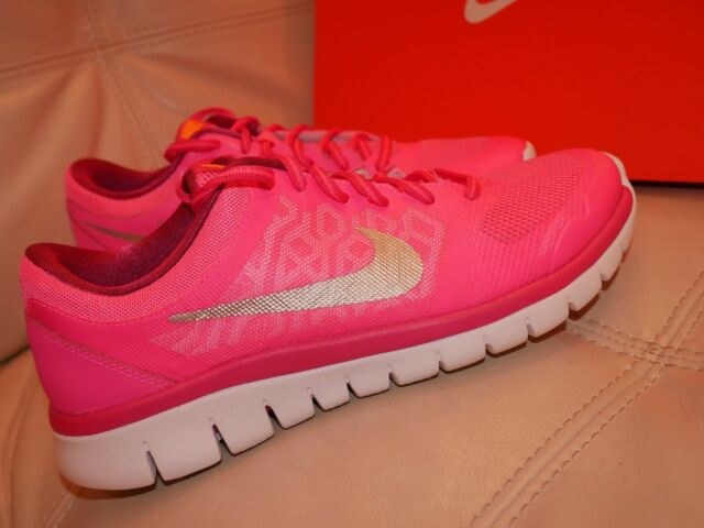 NWB WOMENS GIRLS NIKE FLEX 2015 RUN ATHLETIC SHOE PINK SILVER 724992 601 SIZE 7Y