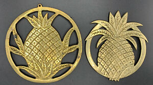 Vintage-Footed-Solid-Brass-Pineapple-Trivet-Wall-Decor-Set-Made-by-Catco-Tawain