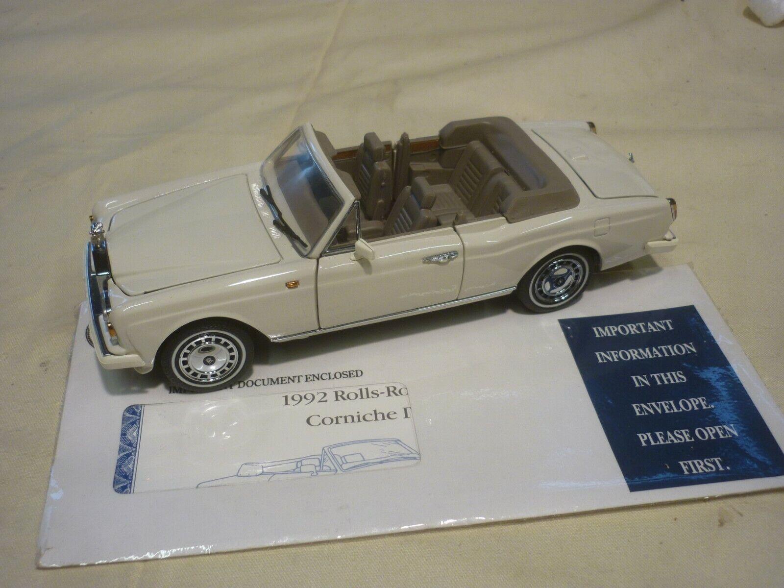 A Franklin mint model of  a 1992 Rolls Royce Corniche IV ( NM ) No box