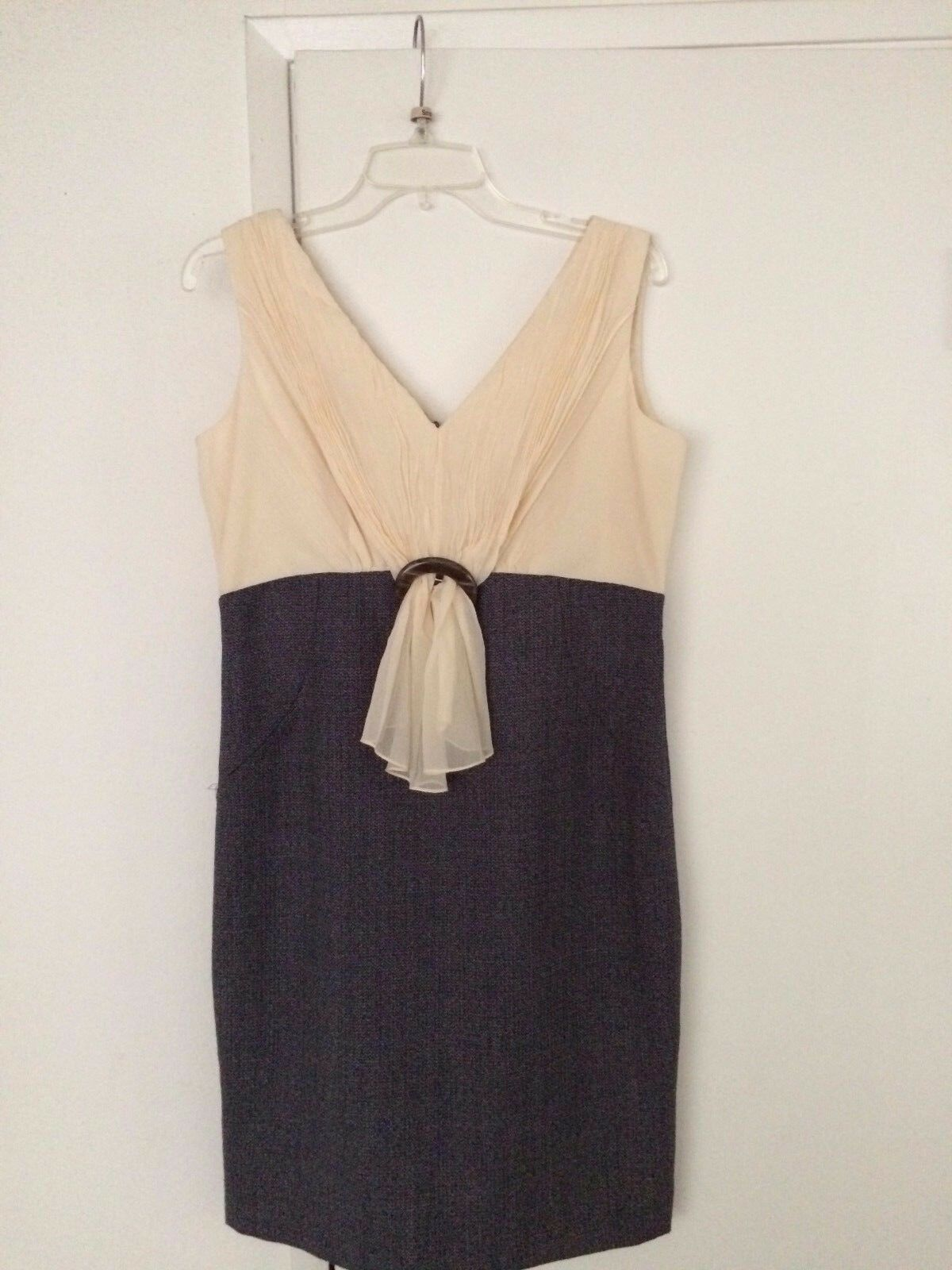 KAY UNGER  LADIES FITTED DRESS  Größe  12  NWOT