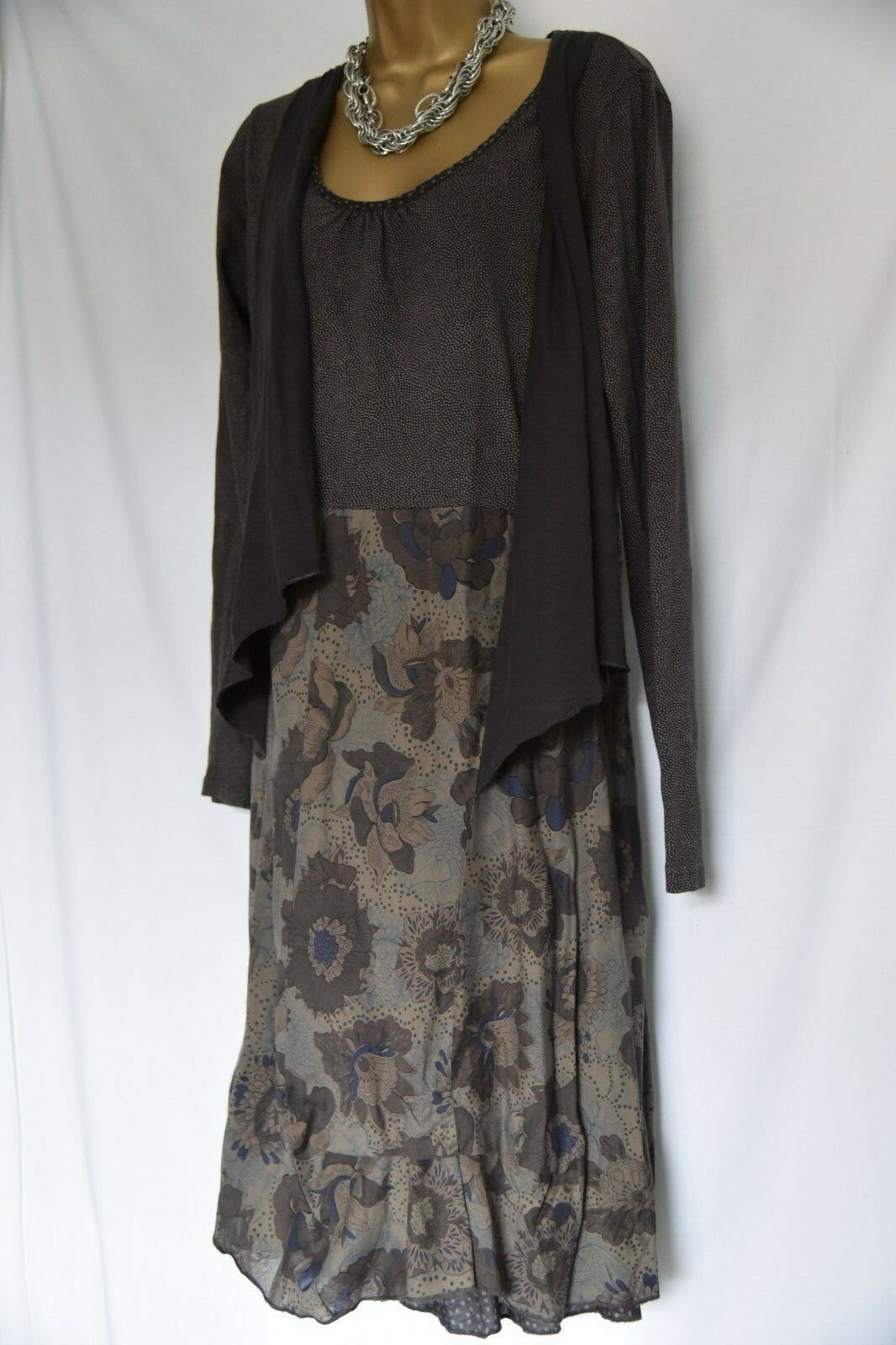 Sandwich olive layered dress sz L
