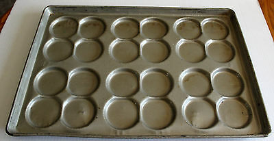 LOT of 6 CHICAGO METALLIC 45265 Oversized Texas MUFFIN PANS 24 cup Tins 526D