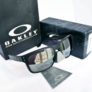 b157b50ae9 Image is loading Oakley-Holbrook-Sunglasses-Matte-Black-PRIZM-Black- Polarized-